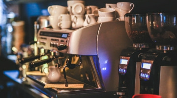 How does professional coffee machine leasing work in the UK?