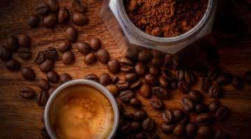 Is it time to keep your used coffee grounds?